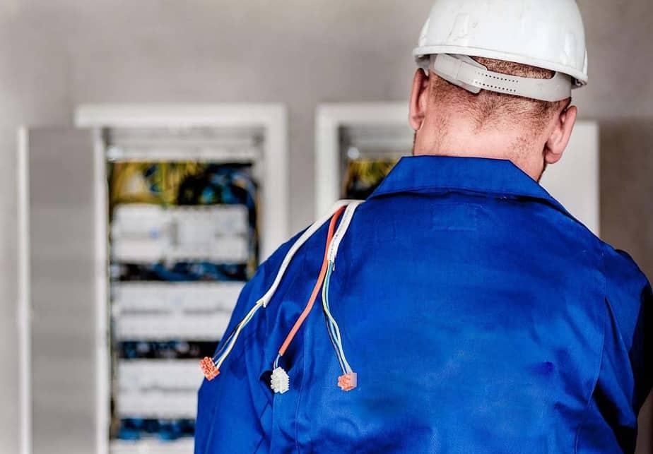 Consumidor vulnerable: requisitos para que no te corten luz, gas o agua por impago