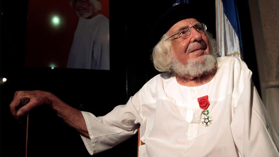 Ernesto-Cardenal-en-sus-poemas_1