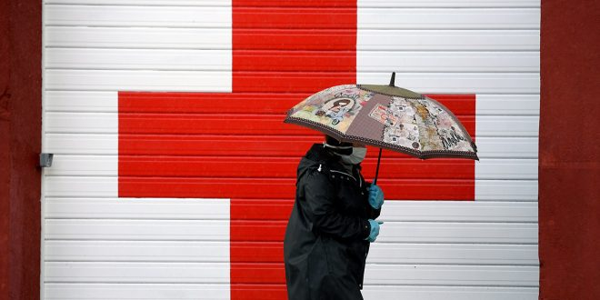Cruz Roja Española y Aneabe distribuyen agua