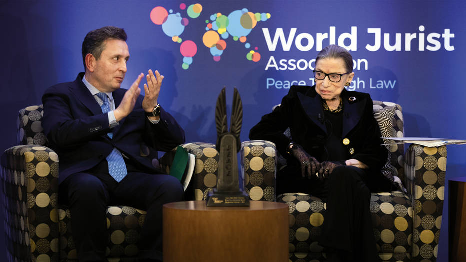 Javier Cremades, presidente de la World Jurist Association y de la World Law Foundation, destacó que se ha reconocido el trabajo y personalidad de Ginsburg