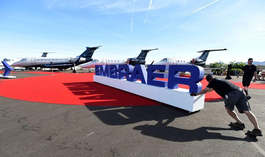 Boeing desecha alianza con Embraer por culpa del coronavirus / Foto REUTERS / David Becker/File Photo