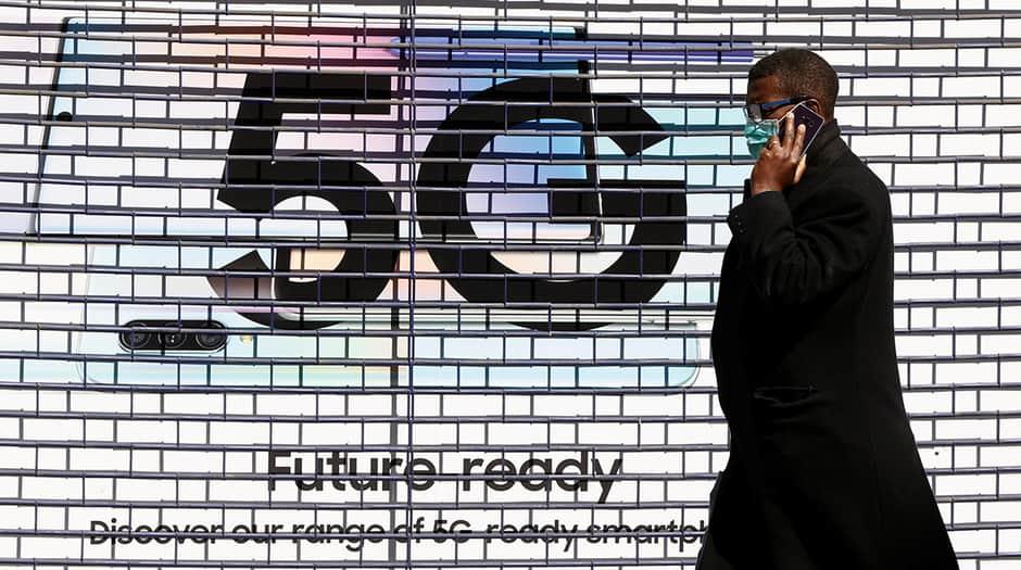 Por las redes sociales se han disparado los mensajes que relacionan la tecnología 5G con la COVID-19
