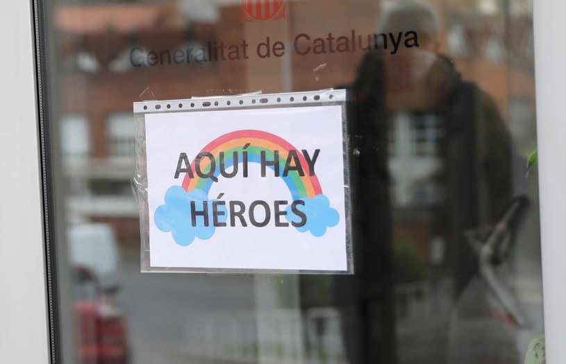 Barcelona transforma espacios para atender pacientes con COVID-1