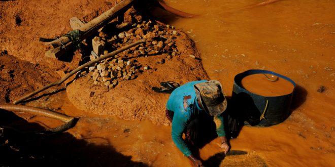 SOSOrinoco: Maduro acelera minería