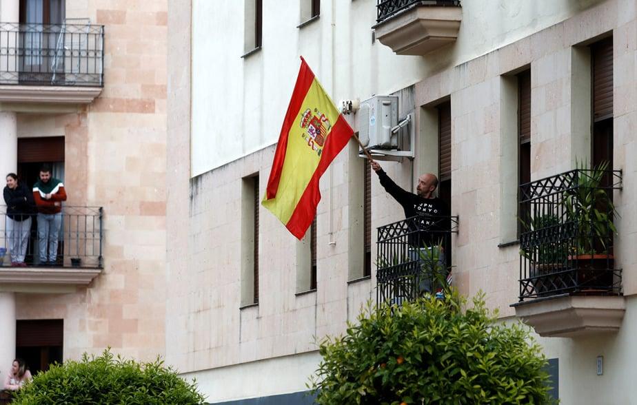 España registra 674 muertes