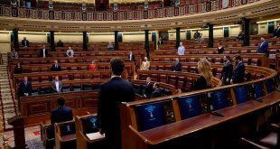 El politólogo Julio Embid plantea cambios en la gestión del parlamento