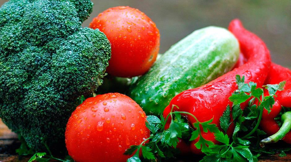 Falta de mano de obra y coste logístico están influyendo en el aumento de precios de vegetales, frutas y carnes