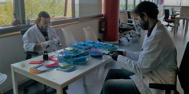 La Fundación Endesa entrega a IFEMA 2.000 viseras protectoras