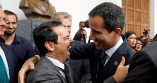 Francia denuncia hostigamiento contra su embajada en Venezuela