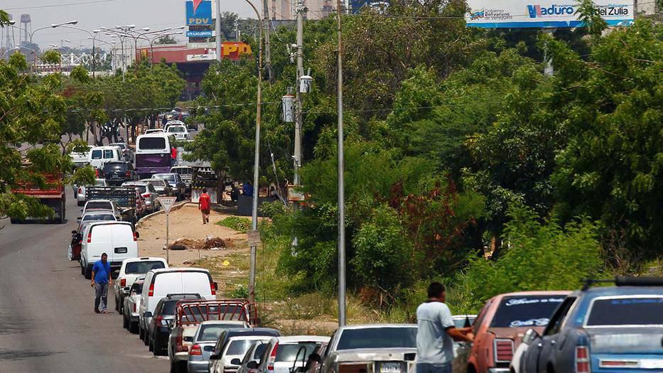 Primer tanquero iraní con combustibles llegó a aguas venezolanas