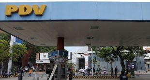 El régimen de Maduro incapaz de solventar la escasez de combustibles