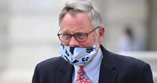 Richard Burr, el senador de EE UU se habría aprovechado de la pandemia