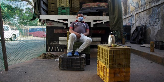 destruccion de la industria en Venezuela