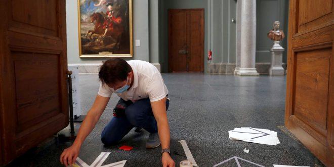 Museos españoles y Versalles reabren sus puertas