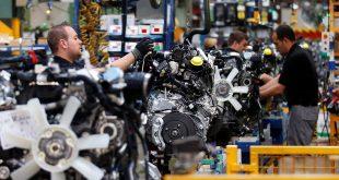 La producción industrial cayó a su nivel más bajo en abril
