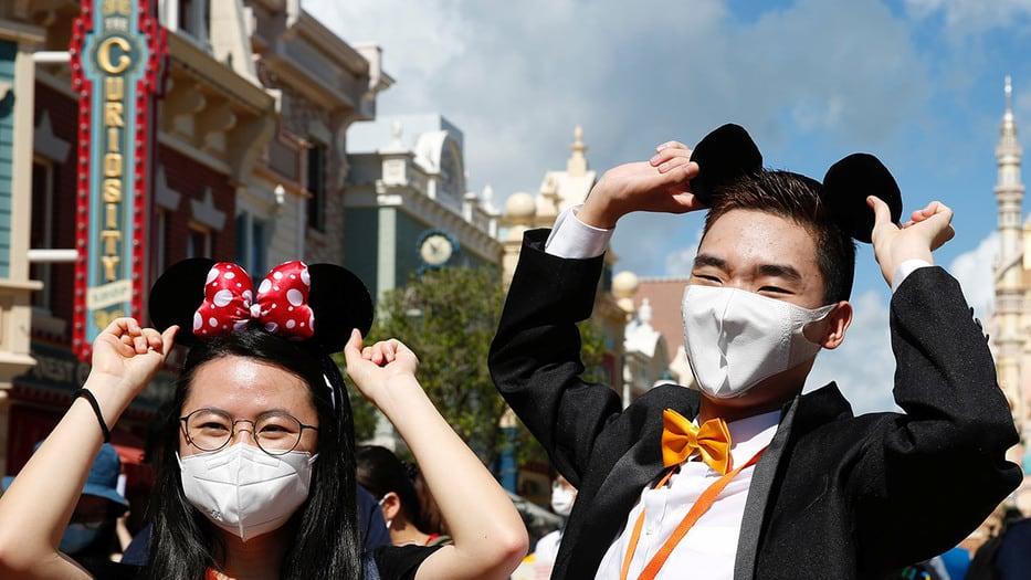 Del uso sanitario al boom de las mascarillas de moda