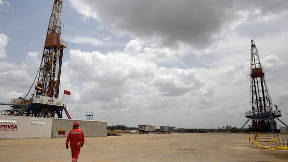 Producción petrolera de Venezuela llegó a su nivel más bajo en casi 90 años