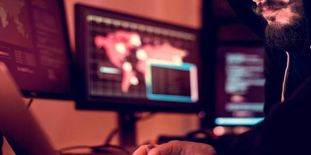 El uso inadecuado de los dispositivos móviles de la empresa es uno de los principales riesgos para su ciberseguridad. Imagen: Envato
