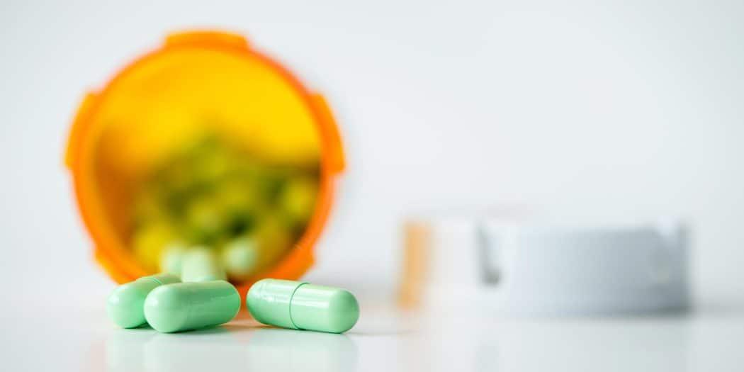 El estudio determinó que el consumo de ibuprofeno causa, además de un desequilibrio hormonal en los hombres, una afección prelavente en hombres de edad avanzada que se llama hipogonadismo compensado. Esta se relaciona con trastornos reproductivos y físicos / Envato