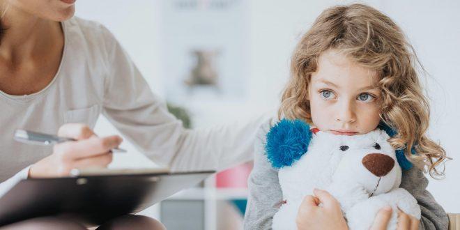 La COVID-19 también trae una crisis de salud mental para niños y adolescentes