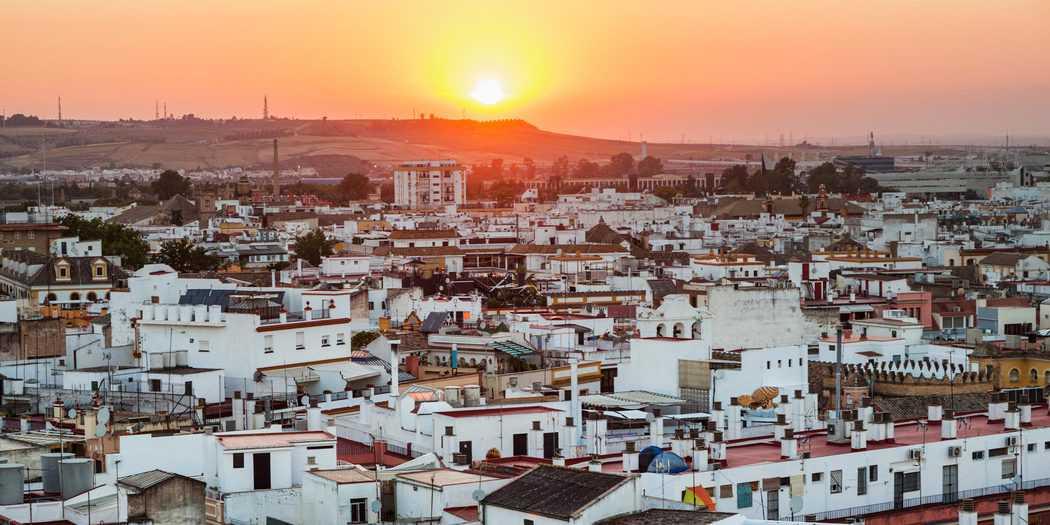 Panorama de Sevilla al atardecer. Sevilla, Andalucía