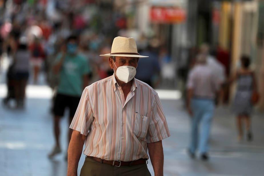 Aumentan los brotes de coronavirus en España, van 223 / Foto REUTERS / Jon Nazca
