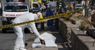 En Bolivia colapsan los cementerios y el virus ataca a la dirigencia política