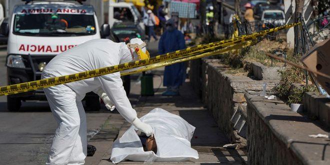 En Bolivia colapsan los cementerios y el coronavirus ataca a la dirigencia política
