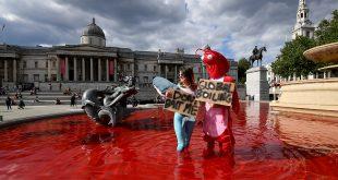 tiñen de rojo fuentes de Londres