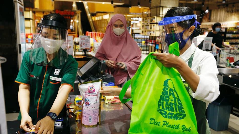 Protectores faciales de plástico
