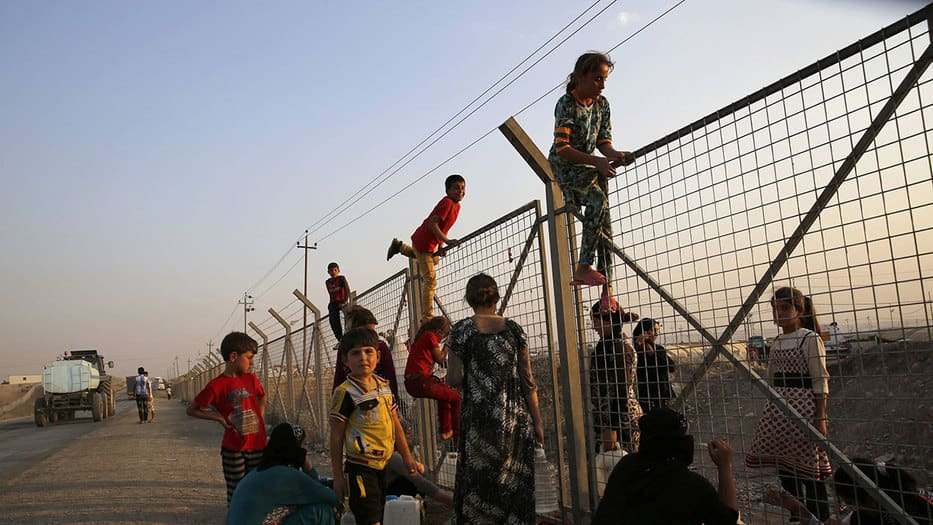 niños yazidíes