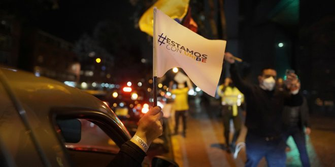 En Colombia, un expresidente preso y un guerrillero narcotraficante en libertad