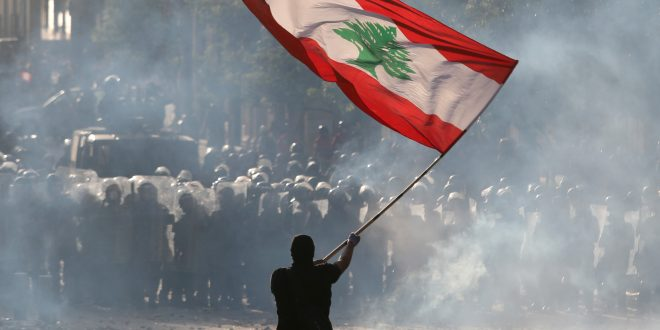 Gobierno libanés dimitió, pero aún está lejos la reconstrucción de Beirut