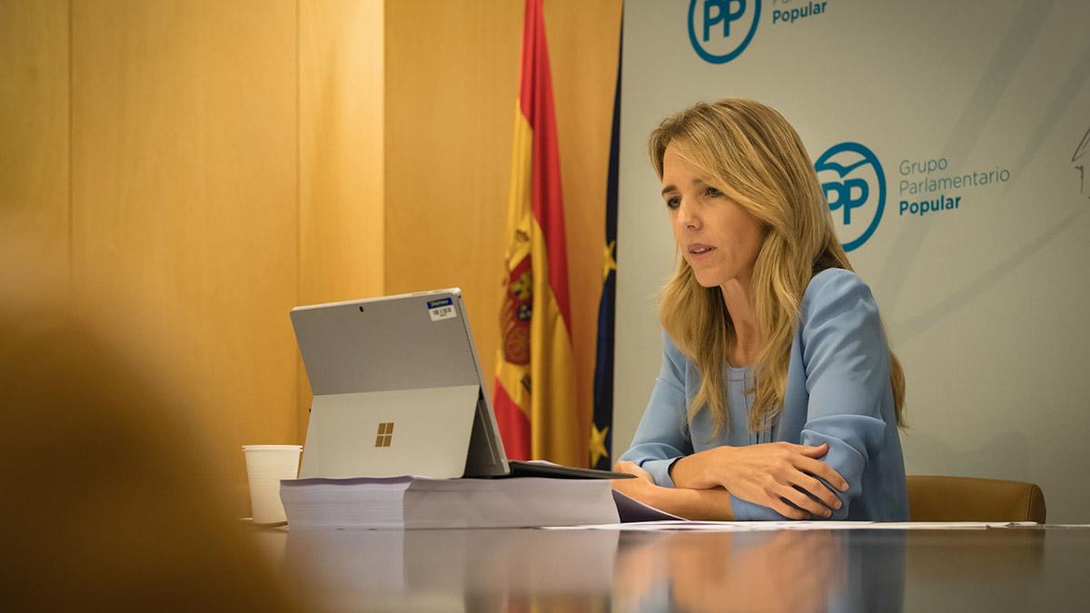 Cayetana Álvarez