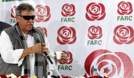 En Colombia, un expresidente preso y un guerrillero en libertad
