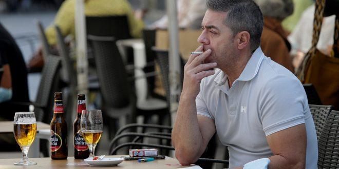 Con mayores restricciones  España busca detener la propagación del coronavirus