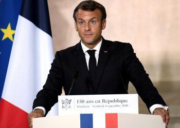 Foto Macron continúa su lucha contra el separatismo musulmán / Foto Julien De Rosa/Pool via REUTERS