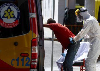 Los contagios en España siguen en aumento / foto REUTERS / Sergio Perez