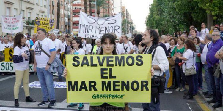Greenpeace exige medidas que solventen la situación del Mar Menor / Imagen de Greenpeace España