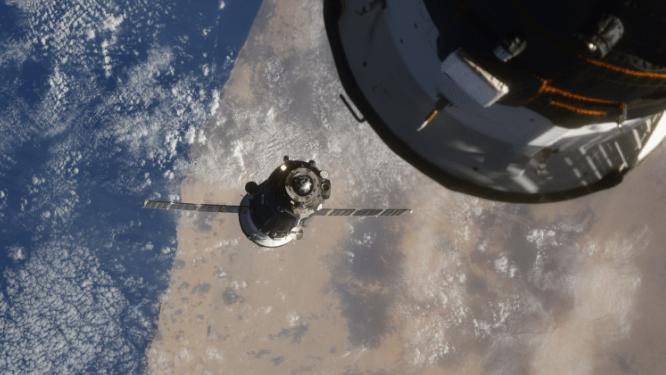 Misión espacial rusa Soyuz MS-17 llega en tiempo récord
