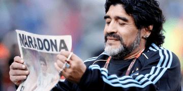 FOTO DE ARCHIVO: Argentina v Nigeria Copa Mundial de la FIFA Sudáfrica 2010 - Grupo B