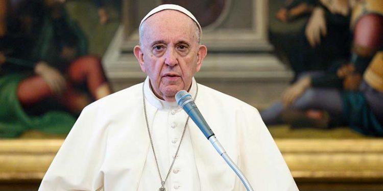 El papa Francisco retira a la Secretaría de Estado la administración de fondos