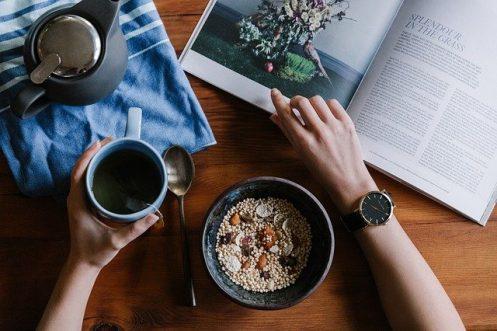 Si ya se tiene la enfermedad, mantener una alimentación importante mejorará el proceso / Pixabay