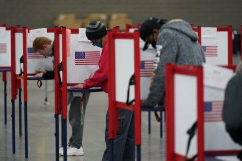 De acuerdo con organismos, estas fueron elecciones altamente polarizadas / REUTERS