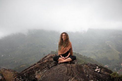 Algunos de los beneficios de la meditación tiene que ver con el aumento de conciencia personal / Pixabay