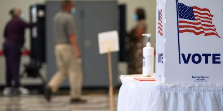 ¿Voto popular o Colegio Electoral, qué determina quién es el nuevo presidente? Más de 90 millones de estadounidenses ya han votado de forma anticipada este 2020 / REUTERS