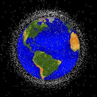 Los especialistas han monitoreado 20.000 desechos espaciales / Wikipedia Imágenes