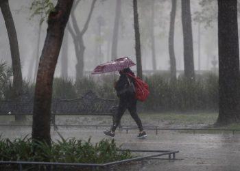 Un canal de baja presión afectará a los estados del centro de la República, donde se pronostican lluvias fuertes