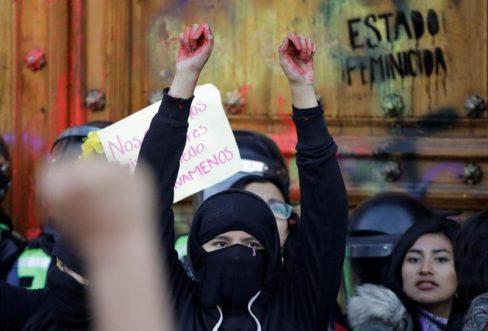 """Los delincuentes también se han adaptado a la """"nueva normalidad"""" impuesta por la COVID-19 / REUTERS"""