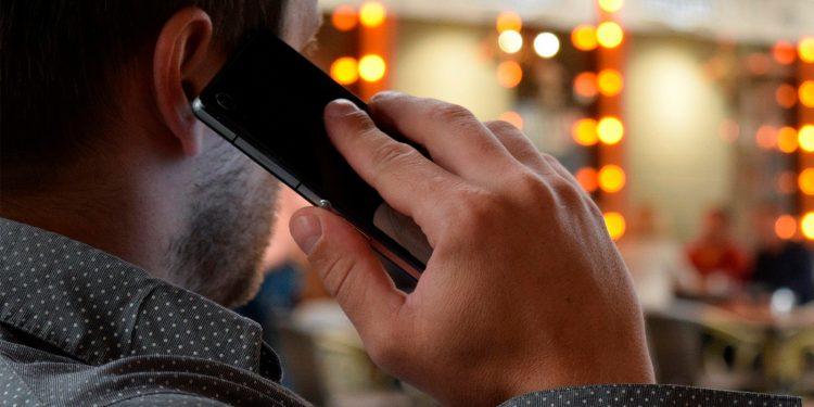 El Gobierno hace gratuito el servicio de llamada al 902 / Pixabay